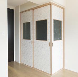 和室に小窓付きの建具を新設